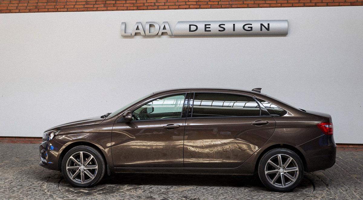 Удлиненная Lada Vesta Signature